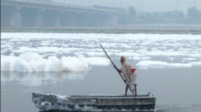 After effects: Delhi air pollution creates toxic foam on Yamuna river