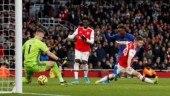 Premier League: Chelsea earn late comeback win over Arsenal after Bernd Leno blunder
