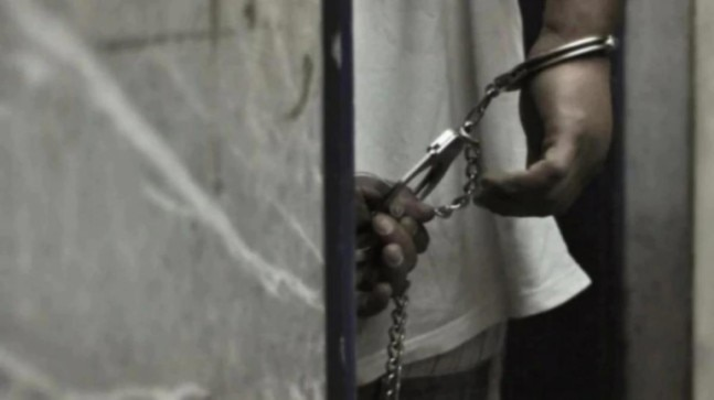 Maharashtra ATS arrests 2 SIMI operatives for anti-national terror activities in 2006