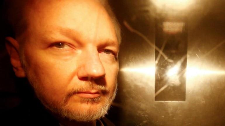 Wikileaks Founder Julian Assange Might Search Asylum In France Lawyer The Viralprint