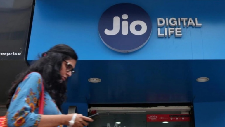 Reliance Jio offers range of 4G data vouchers with validity same your prepaid plans
