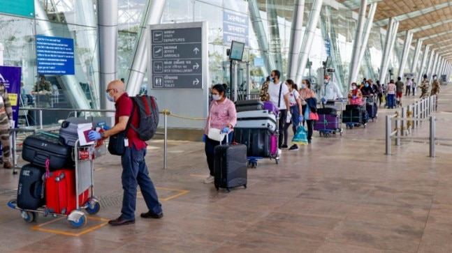 Airlines must give full refund for flight bookings during lockdown period: DGCA