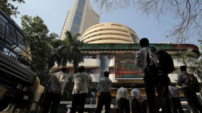 Markets rebound as Sensex jumps 1,265 points, Nifty above 9,100