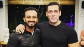 Fan asks Kedar Jadhav to choose between Dhoni and Salman Khan: It's like asking which parent is your favourite