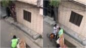 Coronavirus Lockdown: Nabha residents shower flowers on sanitation worker in Punjab CM Amarinder Singh's video