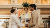 Nurse and doctor get married in the hospital where they work. Internet is in awe