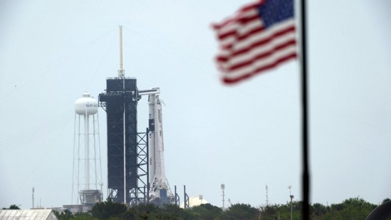 Breaking: Stormy weather puts damper on SpaceX's 1st astronaut launch