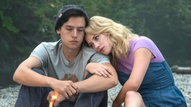 Riverdale stars Cole Sprouse and Lili Reinhart call it quits again?