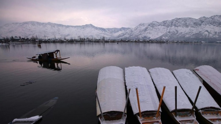 Radio Pakistan reported the maximum and minimum temperatures of Srinagar, Pulwama, Jammu and Ladakh. (File photo: Reuters)