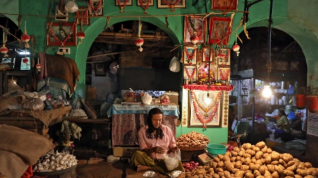 India inflation likely fell to a 5-month low in April: Poll