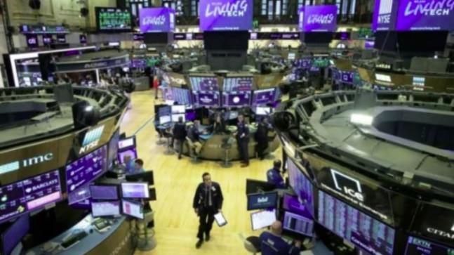 World shares climb on oil price gain, Wall Street rebound