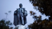 Charleston votes to remove statue of slavery advocate