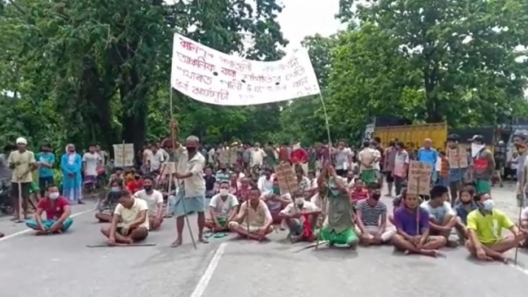 No water to cultivate paddy: Assam farmers protest over Bhutan's ...