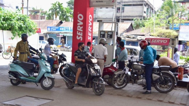 Petrol price hiked by 62 paise per litre, diesel by 64 paise for 8th day in a row