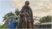 Florida snake hunter captures 17-foot long python after deadly fight. Unreal, says Internet