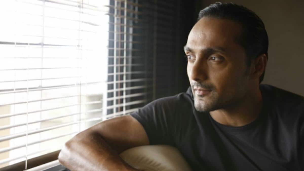 Rahul Bose on e-Mind Rocks 2020: Difficult to process images of Indians  struggling to go home - Movies News