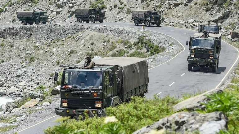 China deploys more troops on Ladakh border, Indian Army gears up for  prolonged conflict - India News