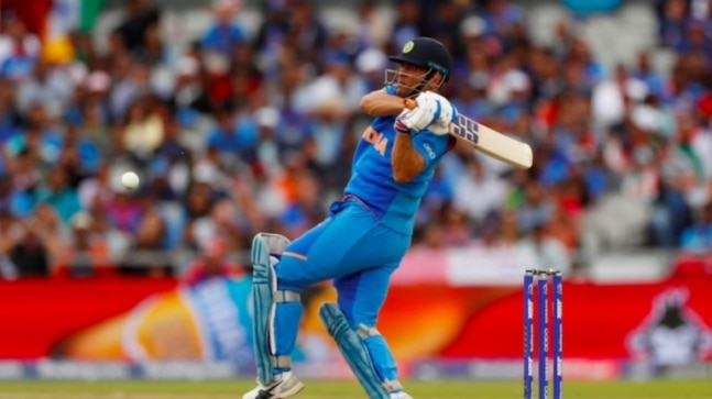 MS Dhoni And 19:29, The Untold Story: Reason behind MS Dhoni chose to retire from international cricket on Independence day   Soochna