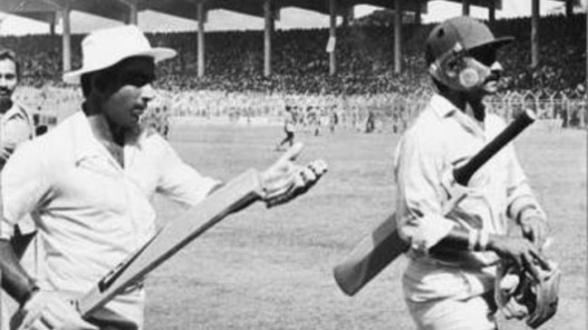 Sunil Gavaskar remembers Chetan Chauhan: Hard to believe that his cheerful banter won't be there - India Today