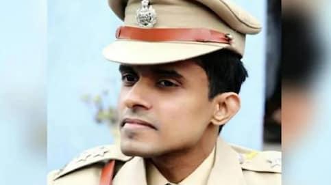 Bihar IPS officer Vinay Tiwari released from quarantine by BMC.