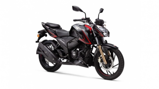 The TVS Apache RTR 200 4V comes with a 197.75cc, single-cylinder, 4-stroke, 4-valve, oil-cooled engine that produces 20.5PS of maximum power and 16.8Nm of peak torque.