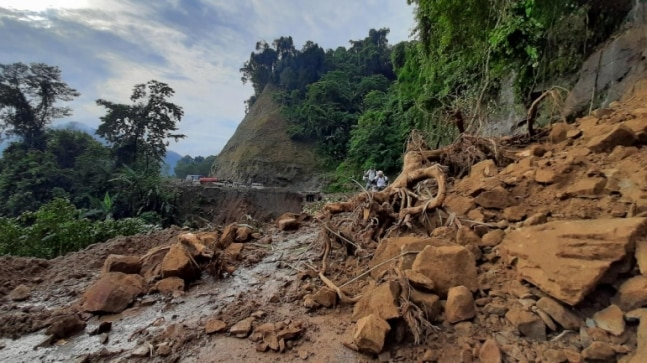 Landslides and poor roads: Arunachal Pradesh battles traffic woes