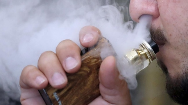 Big drop, a fall by 1.8 million in a year, reported in vaping by US teenagers