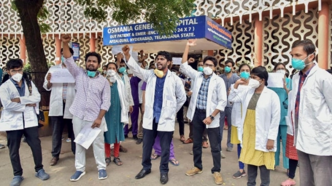 Hyderabad: Osmania hospital doctors threaten to boycott emergency duties if demands aren't met