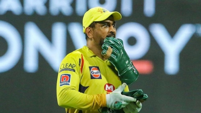 No war is won while fighting from behind: Ajay Jadeja 'not happy' with MS Dhoni's batting position in IPL 2020 - India Today