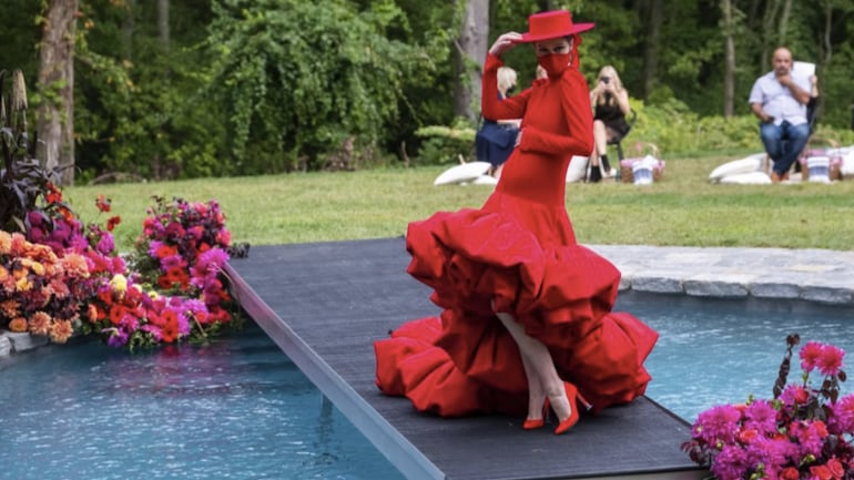 Christian Siriano hosts a fashion show in his backyard. Photo: AP