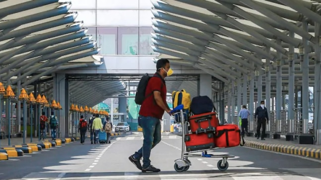 Airlines to reset check-in baggage limit to 15 kg after fresh aviation ministry notice   - India Today RSS Feed  IMAGES, GIF, ANIMATED GIF, WALLPAPER, STICKER FOR WHATSAPP & FACEBOOK
