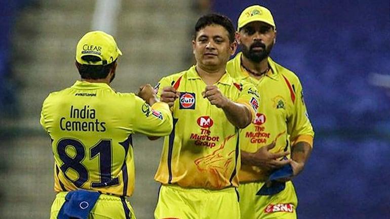 IPL 2020: CSK big bid Piyush Chawla lives up to MS Dhoni, goes past  Harbhajan Singh's tally of IPL wickets - Sports News