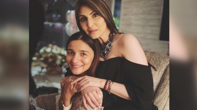 <div>Alia Bhatt in Rs 62k semi-sheer dress pulls off a minimalist look at Riddhima Kapoor's birthday bash</div>
