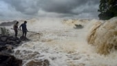 Gujarat: Floods in three districts, over 9,000 shifted