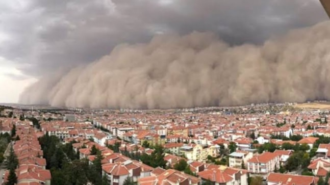 Turkish Capital hit by a massive sandstorm | See visuals