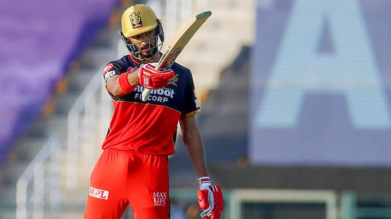 IPL 2020: Devdutt Padikkal needs to convert 50-60s to 80-90s in next few  games, says RCB's Mike Hesson - Sports News
