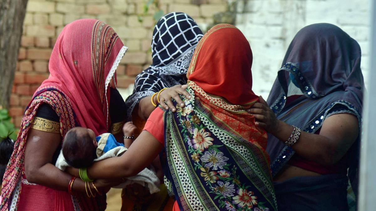 Living in fear': After losing daughter, Hathras victim's family plans to leave village - India News