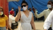 Pregnant Kareena Kapoor is all for comfort in Rs 4.5k white dress