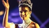 Priyanka Chopra's Miss World dress almost came off. A Namaste came to her rescue