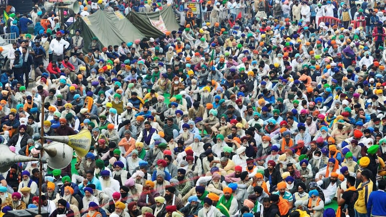 File photo of protesting farmers at Singhu border