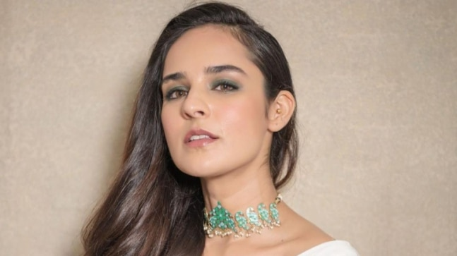 Angira Dhar to play a lawyer in Ajay Devgn's Mayday