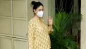 Kareena Kapoor flaunts pregnancy glow in printed top and pants on day out