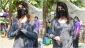 Rhea Chakraborty tells photogs peechhe mat aana in new viral video from Mumbai