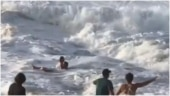Surfer saves woman from drowning in the sea in Hawaii. Scary viral videos