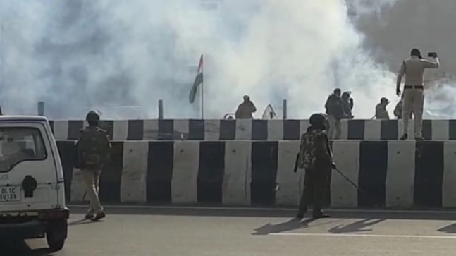 Police use tear gas as farmers break barricades at Delhi borders to begin tractor rally  India Today RSS Feed INDIAN GUM ARABIC – बाबुल, बबुरा, कीकर PHOTO GALLERY  | HINDIMEANING.COM  #EDUCRATSWEB 2020-04-19 hindimeaning.com https://www.hindimeaning.com/wp-content/uploads/2016/12/Indian-Gum-Arabic.jpg