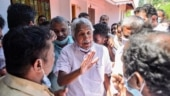 CPM's allegations of BJP-Congress tie up in Kerala baseless: Oommen Chandy | EXCLUSIVE