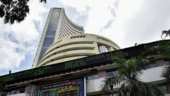 Shares flat as HDFC weighs, Muthoot Finance falls
