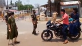 Pregnant DSP works in scorching heat, urges people to follow Covid guidelines. Watch