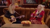 Lady Gaga singing smelly cat with Lisa Kudrow at Friends Reunion has Internet go aww