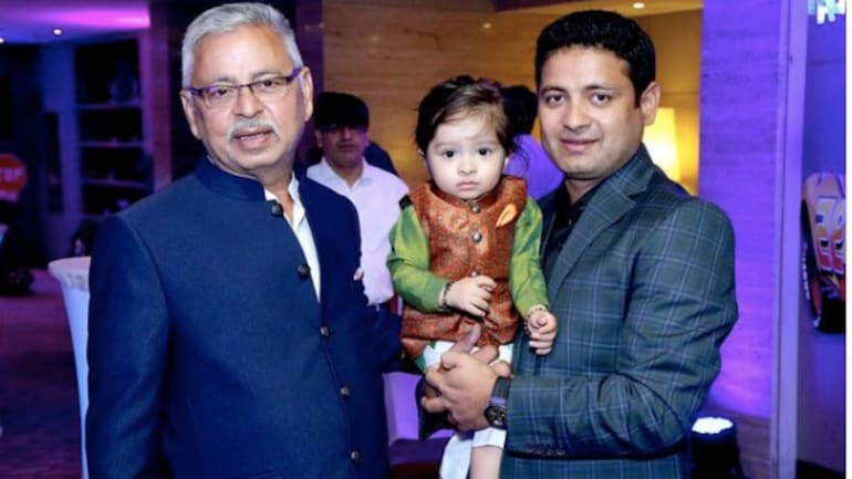 Indian Cricketer Piyush Chawla loses father to Covid-19